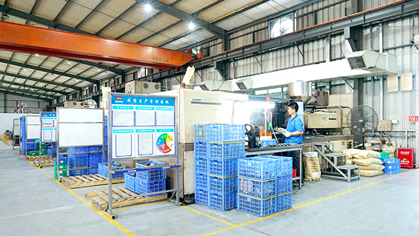 注塑模具生产厂家保养注塑机导轨和轴承方法